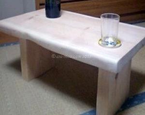 丸太から作った机